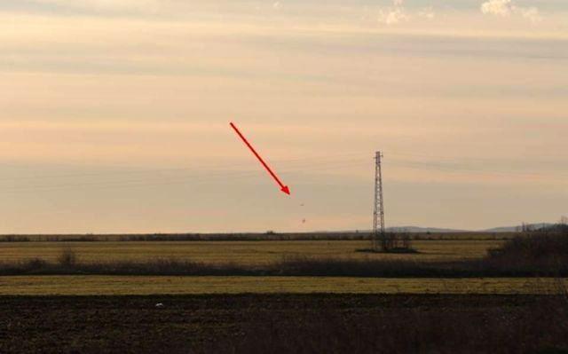 BULGARIA AEREI MILITARI INSEGUONO UFO 14.01.2016 foto 4