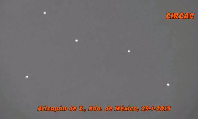 FLOTTILLAS U.F.O. A CITTA' DEL MESSICO 29 GENNAIO 2015 foto 1