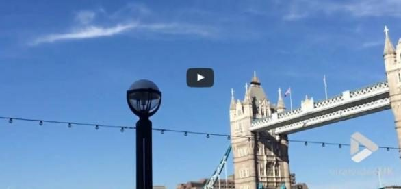 LONDRA UFO LONDON BRIDGE 22 MAGGIO 2017