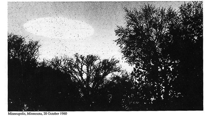 RESI PUBBLICI DALLA CIA 1000 X-FILES SUGLI UFO